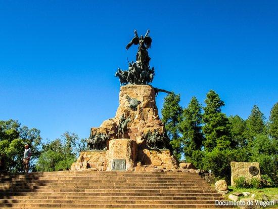 The Hill of Glory (Cerro de la Gloria)
