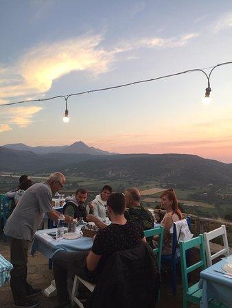 Dimitri Ada Evi & Restaurant: Dimitri'nin misafirleri