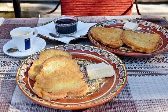Rozhen, บัลแกเรีย: Breakfast
