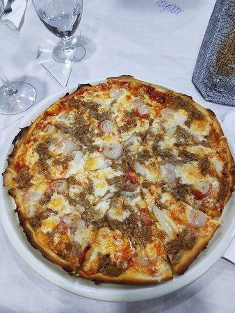 Pravia, Espanja: Pizza marinera.