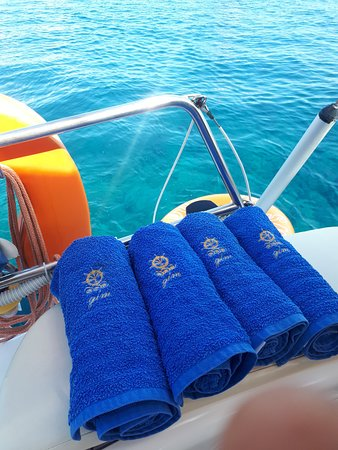 GLM Sailing.Towels for our guests!!