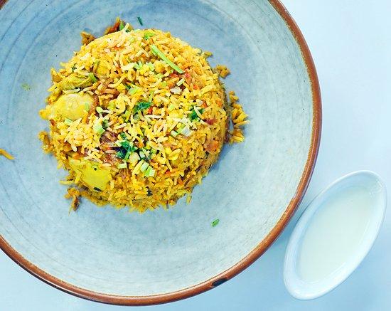 Bollywood Indian Cuisine: Chicken Biryani