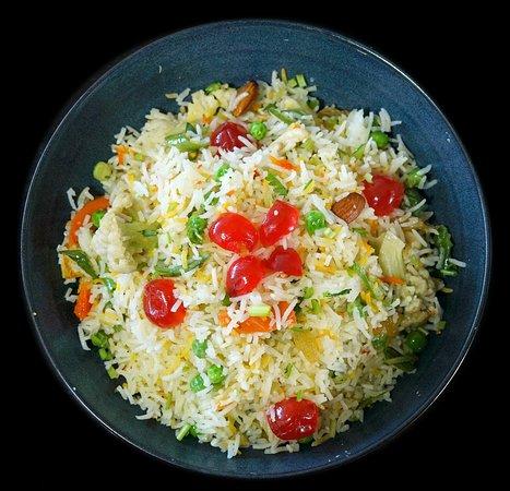 Bollywood Indian Cuisine: Kashmiri Pulao.