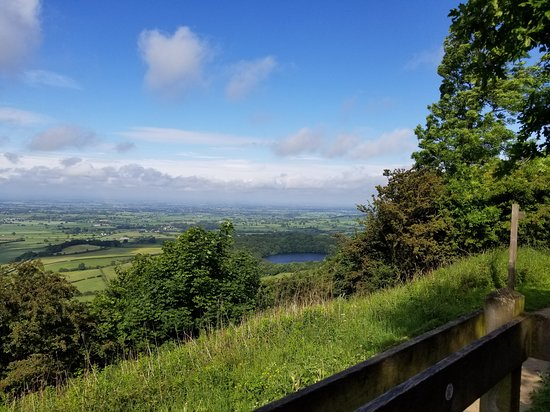 Grand Yorkshire: Best View in England!! - Sutton Bank