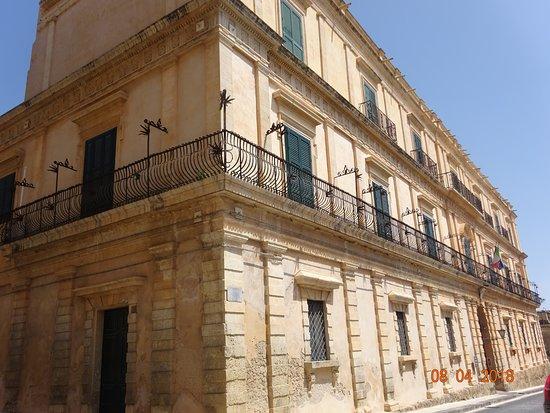 Palazzo Impellizzeri di San Giacomo - Archivio di Stato