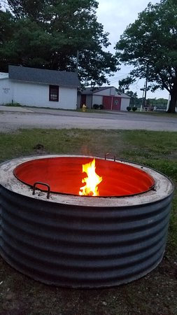 Ottawa County, ميتشجان: Great fire pit.