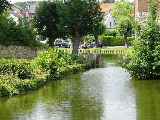 Wijnandsrade, เนเธอร์แลนด์: a peaceful location - fishing (with license from castle) available