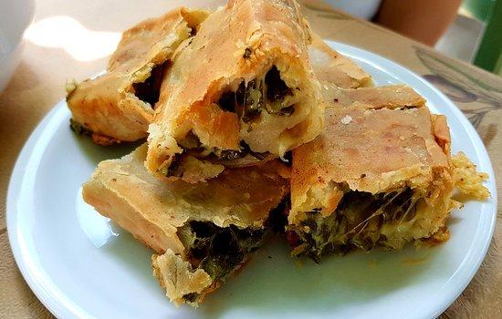 Paradisi, Grèce : Παραδοσιακή Ταβέρνα ο Πλάτανος
