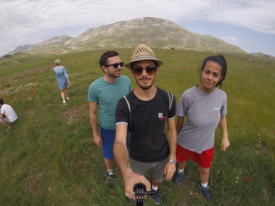 Castelluccio di Norcia, Italija: Aspettando la fioritura☘️🌼🌺