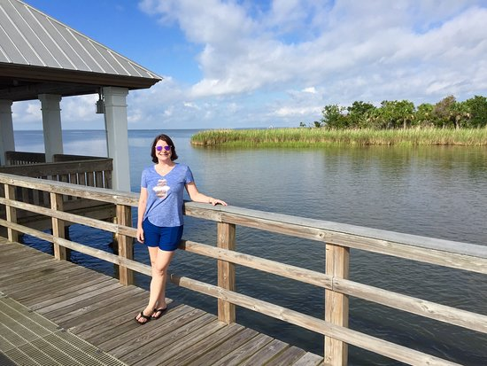 Apalachicola, FL: Hottie on the pier