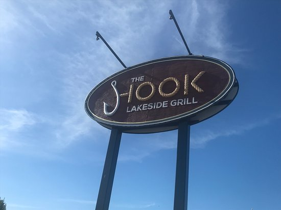 The Hook Lakeside Grill: Sign