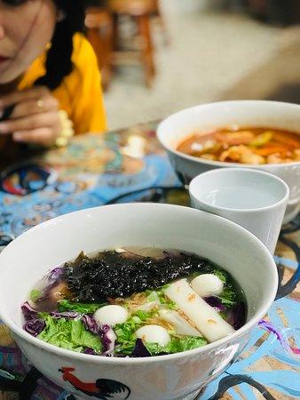 Calanthe Art Cafe: Dumpling Seafood Noodle Soup