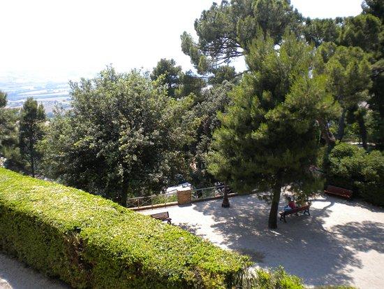 Recanati, Itália: Il Parco del Colle, dove unire relax e cultura!