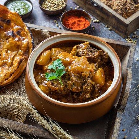 Punjab Grill BKC: Aloo Wadiyaan