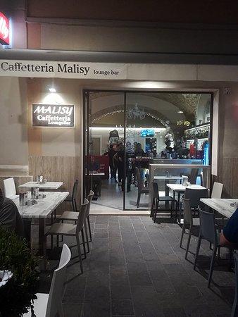 Malisy: il locale visto dalla strada