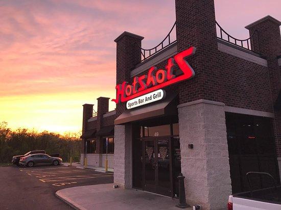 Hotshots Sports Bar & Grill - Edwardsville, IL - Menu