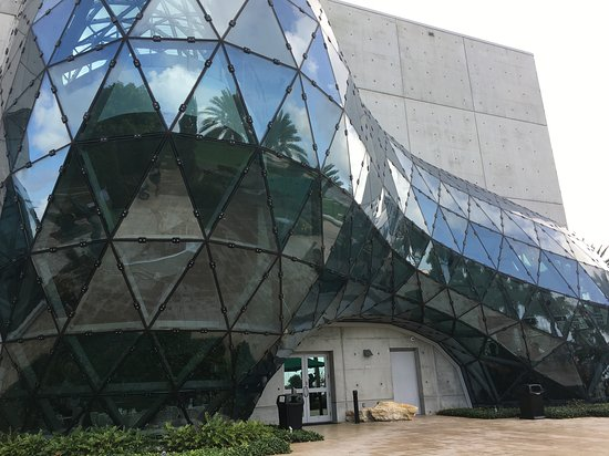 Skip the Line: The Dali Museum General Admission Ticket: The building is a piece of art on its own!