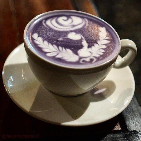 Wedang Andalan : Taro Latte