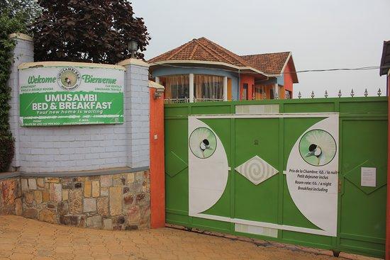 entrée principale de l'établissement Umusambi B&B