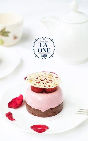 覆盆莓小蛋糕