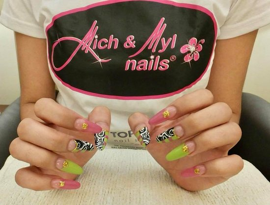 Mich & Myl Nails SM Mall of Asia: Nail art by Mich & Myl Nails