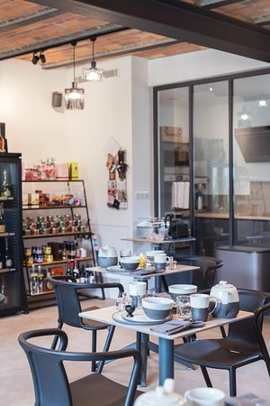 Au Clos du Lac: Salle à manger/Espace boutique