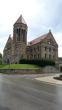 West Virginia University (Morgantown) - Book in Destination 2019