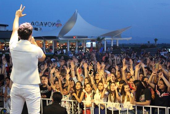 Novada Menemen Avm 2.Yıl'a özel Cem Belevi Konseri