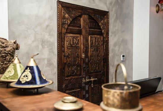 Bogato zdobione drzwi z Tiznit