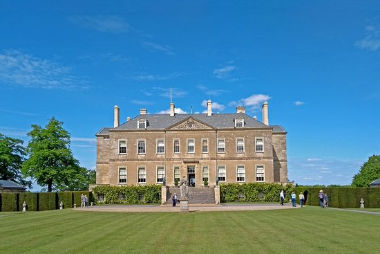 Buscot House