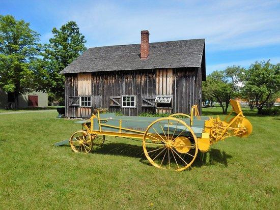 Lang Pioneer Village is well set out with no building too far from the next.