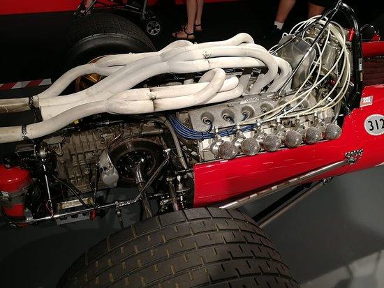 Museo Ferrari: моторчик нормальный такой