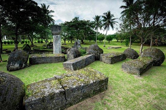 Nord-Marianene, Mariana Islands: House of Taga, Tinian. Photo by Junji Takasago