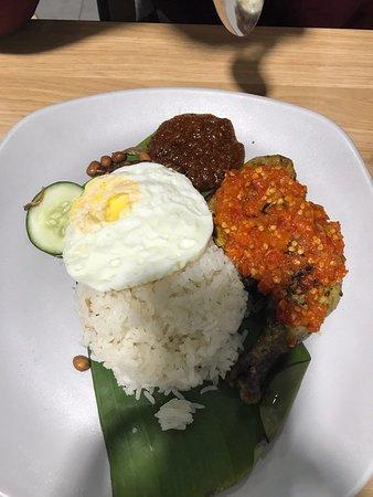 Nasi Lemak Ayam Taliwang