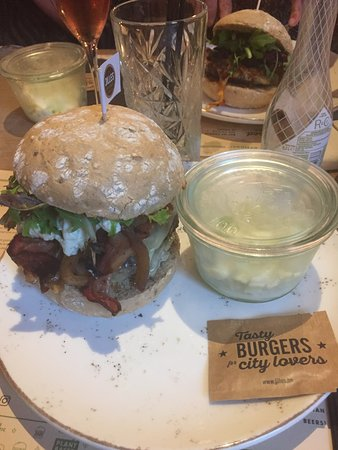 Jilles Beer & Burgers: Burger