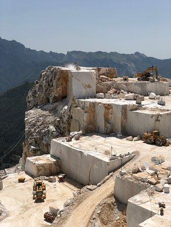 Foto de Carrara Marble Tour