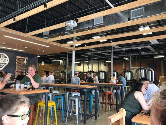 Tremendous Roadmap Brewing Co San Antonio Restaurant Reviews Ibusinesslaw Wood Chair Design Ideas Ibusinesslaworg
