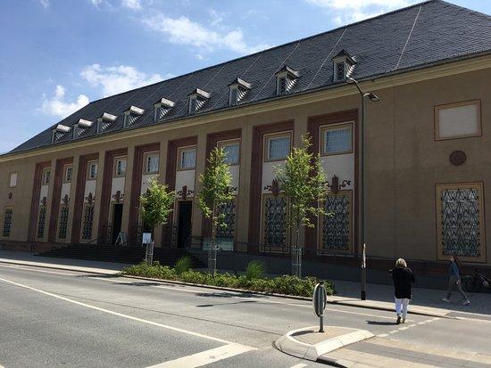 Museum fur Kunst und Kulturgeschichte