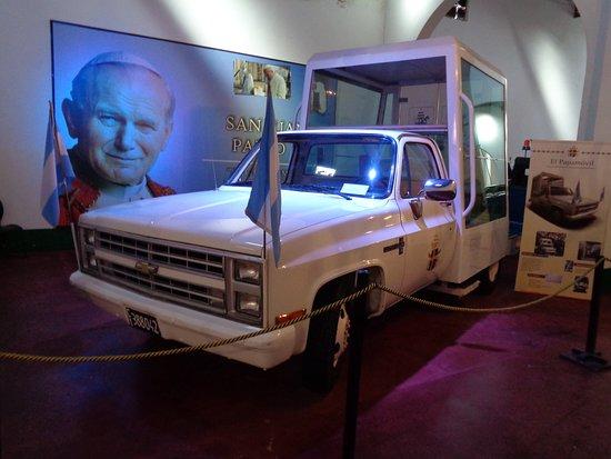 Museo de Automoviles Clasicos: Papamóvil