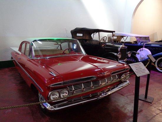 Museo de Automoviles Clasicos: Algunos de los autos exhibidos