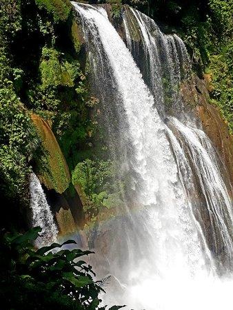 San Buenaventura, Honduras: Cataratas Pulhapanzak
