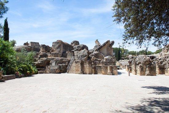 Conjunto Arqueológico de Itálica - entrance to the amphitheatre