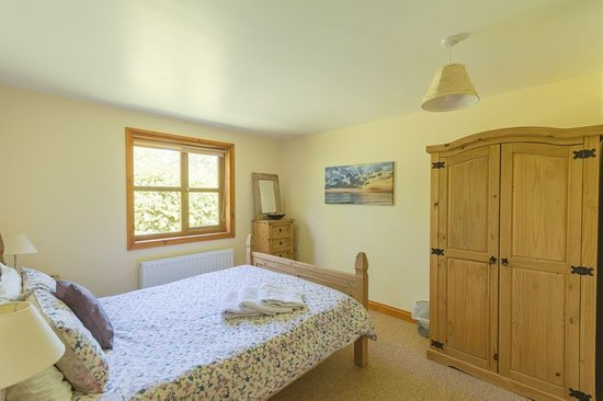 Herrington Park Holiday Log Cabins York: Double room with king size bed
