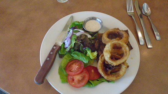 Hesperus, CO: Grilled Ribeye Sandwich with onion rings.  AWESOM (two at our table)