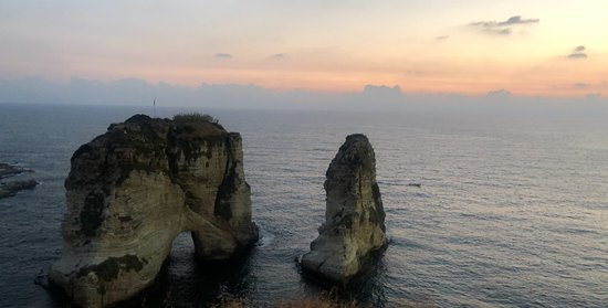 Rouche Sea Rock: I love to to go there every time i go to lebanon