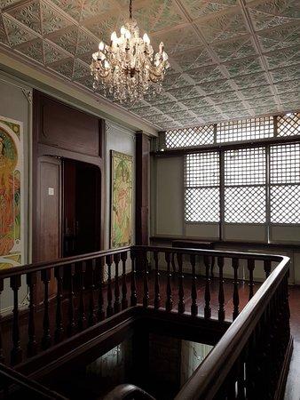 Casa Binondo 1: Huge 4 bedroom casa with en-suite bathrooms