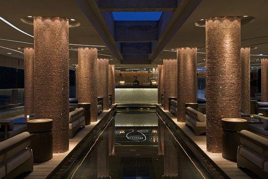 Vivanta Bengaluru, Whitefield: Bar/Lounge