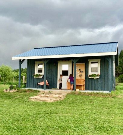 Papineauville, كندا: Kiosque de la Bleuetière Ranch  441 route 323 Papineauville