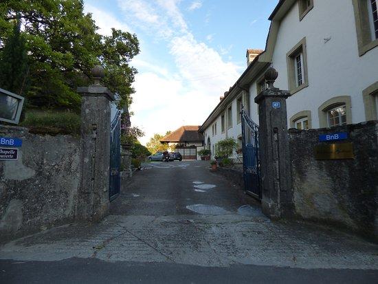 Montagny, Sveits: entrée