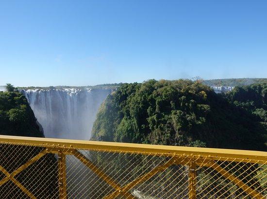 Zambezi Nehri Köprüsü